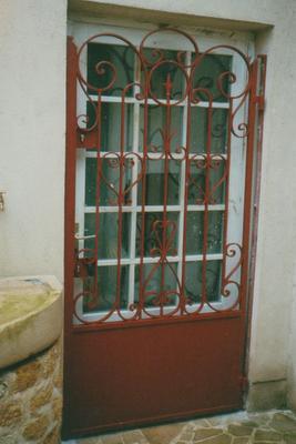 grille porte